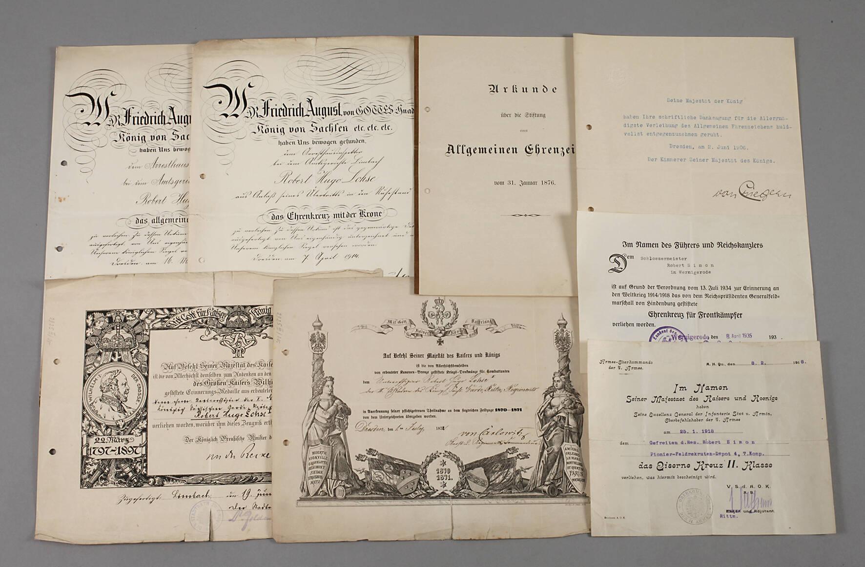 Konvolut Urkunden zu Auszeichnungen